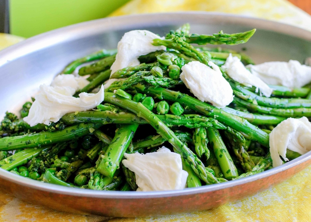 asparagus peas and fava beans with gremolata and mozzarella
