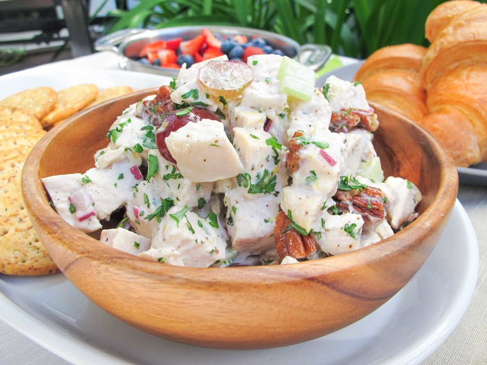 chicken salad recipe with croissants and crackers