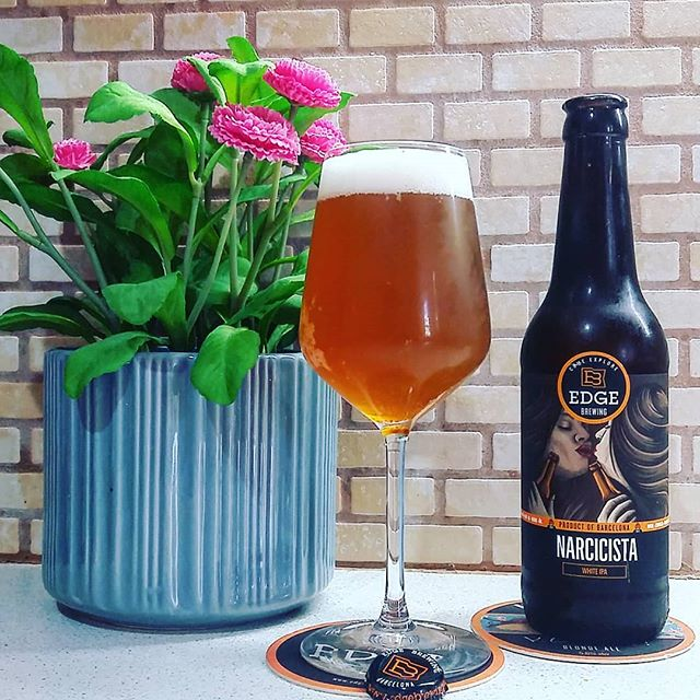 Edge Brewing Narcicista white ipa Η μπίρα που τα εχει όλα. Wheat, belgian yeast, exotic hops... #meninale #edgebrewing #cavadipatsi #ipa #wheat #belgianyeast