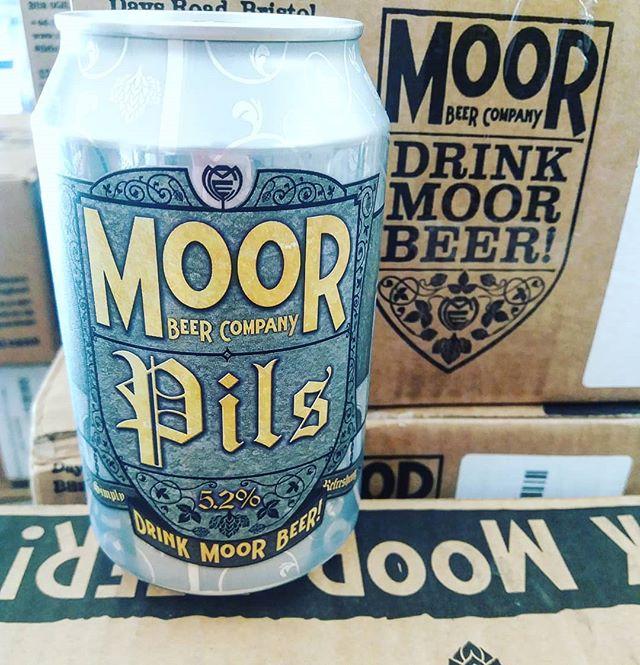 Moor Pils σε ωραίο ματ κουτάκι!  #meninale #cavadipatsi #moorbeer #pils