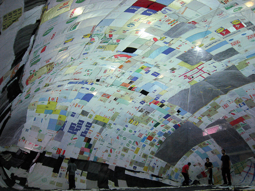 Museo Aerosolar in Medellin, Colombia, 2007. © Museo Aero Solar, 2007.