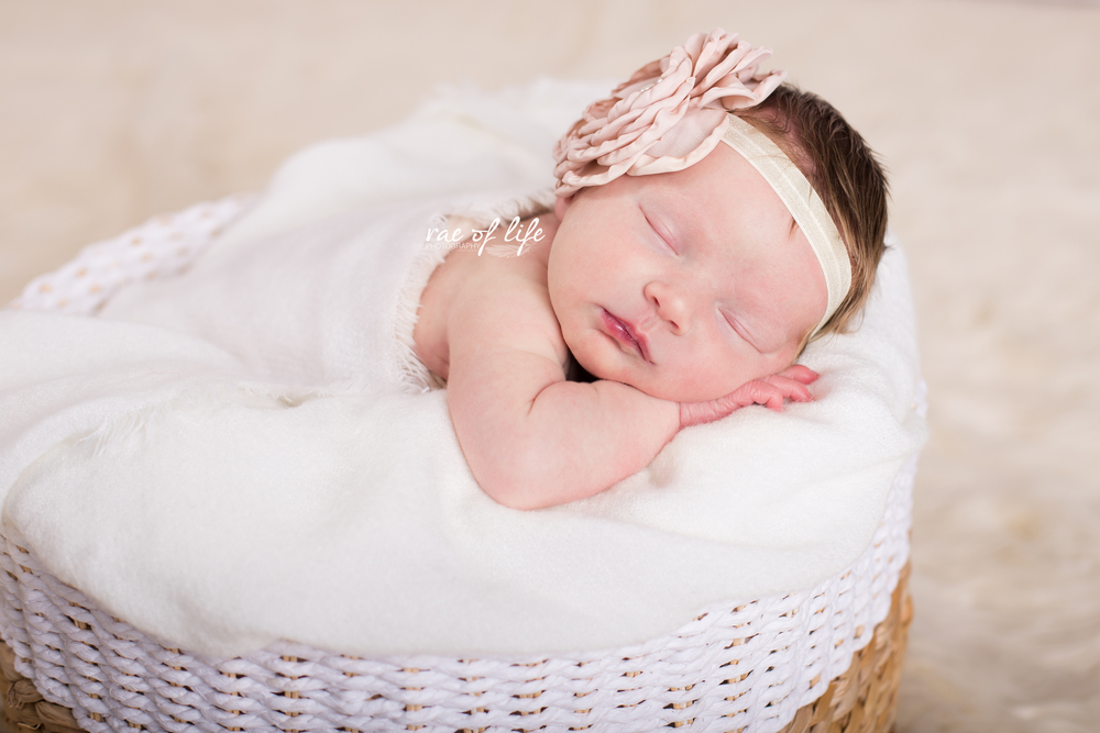 MIa Porter Newborn-0040.jpg