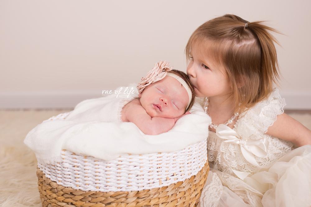 MIa Porter Newborn-0049.jpg