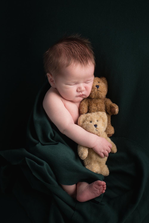 Gunner Lacey Newborn-0157.jpg