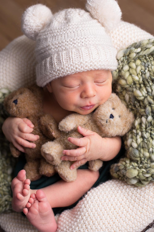 Bryson Newborn-0032.jpg