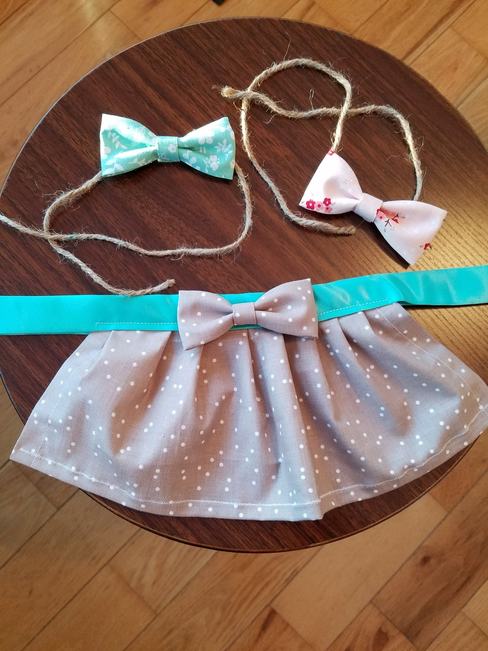 Newborn Props - Tie-back bow headbands and Tie-Back reversible skirts are now available.Please contact me with interest.
