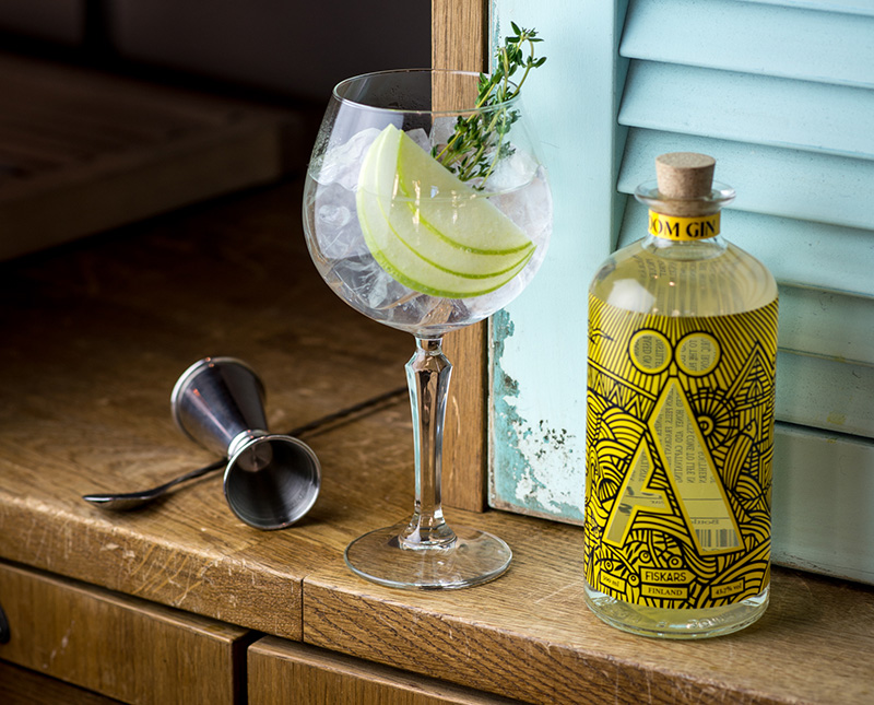 Gin Tonic Abloom.jpg