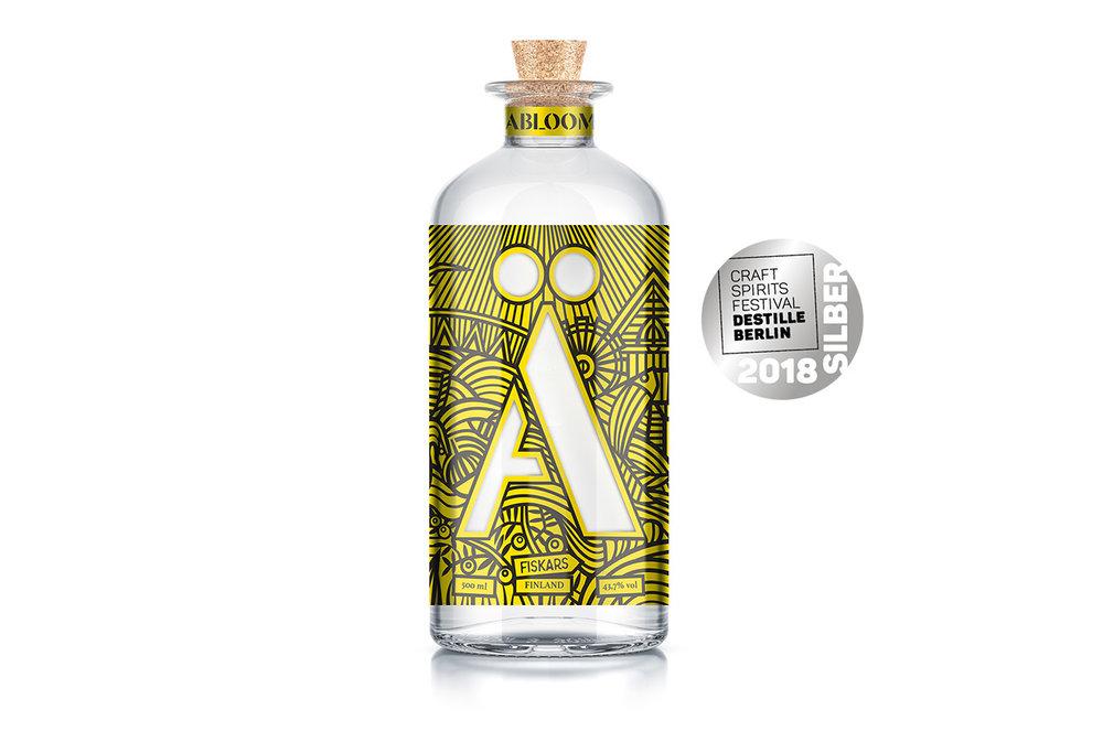Agras Abloom Gin Destille Berlin.jpg