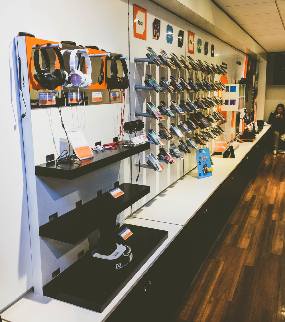 Getting a Cell Phone in France: inside the Orange Mobile boutique