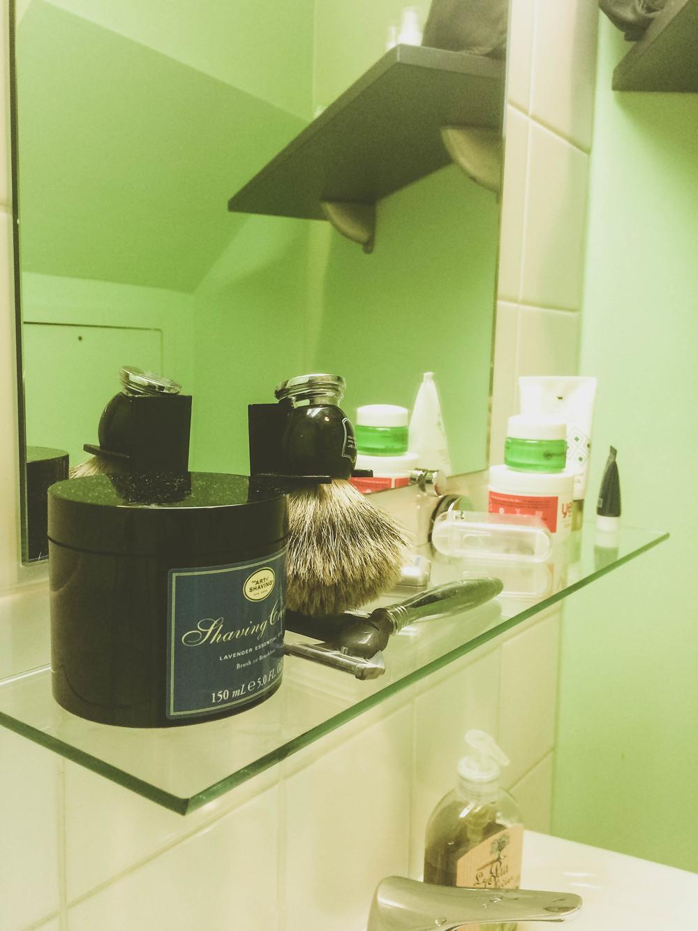 First Apartment in Paris: a little shelf with our grooming products.