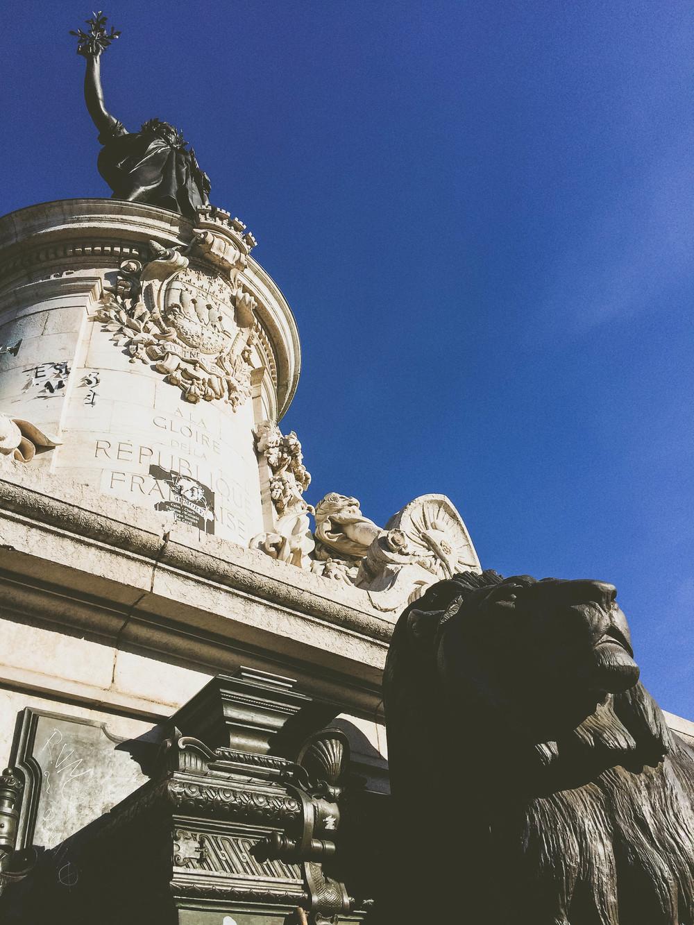 Place de la Republique statue