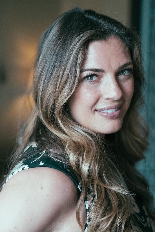 Jennifer Elise Cox picture
