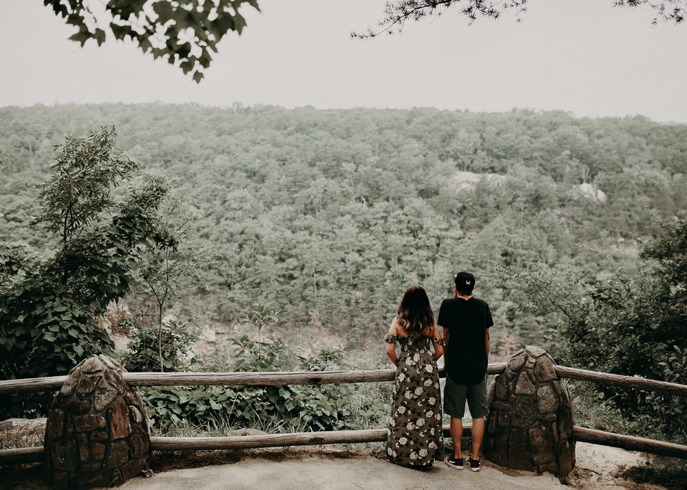 Cloudland canyon, whaterfall georgia, couples waterfall engagement 1.jpg