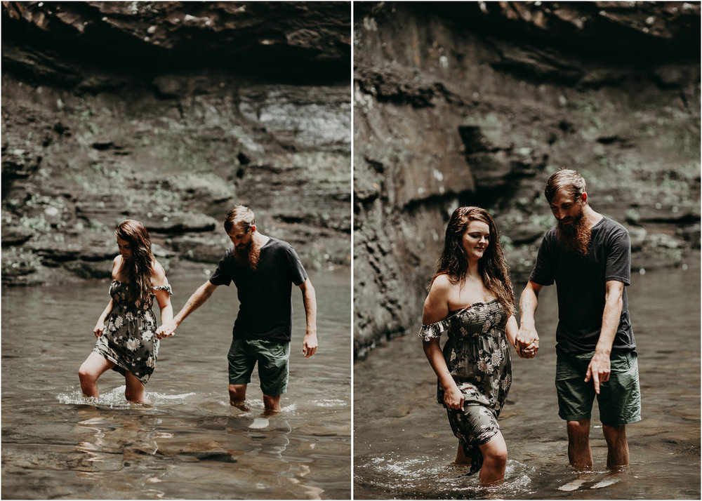 Cloudland canyon, whaterfall georgia, couples waterfall engagement 25.jpg