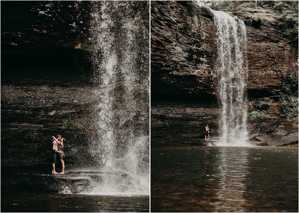 Cloudland canyon, whaterfall georgia, couples waterfall engagement 32.jpg