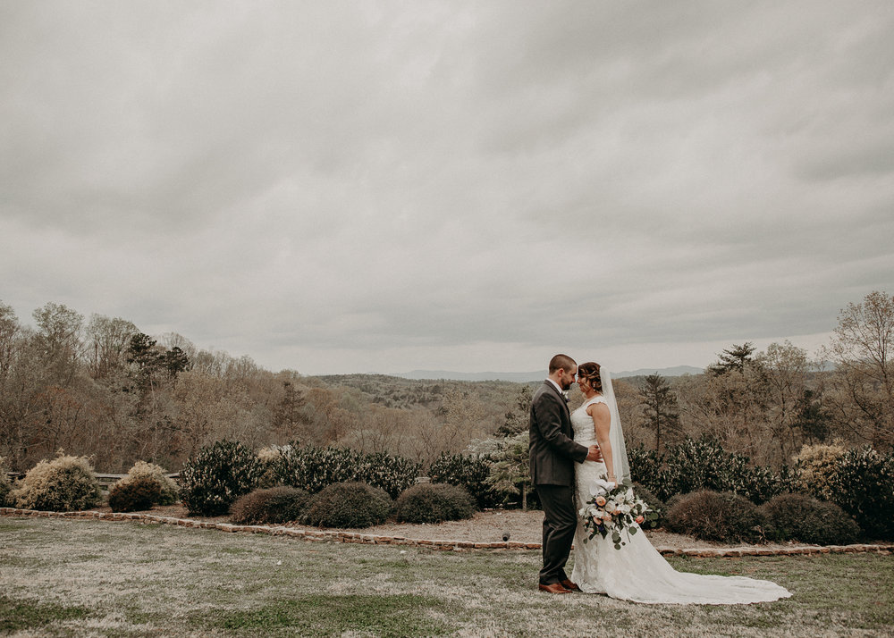 58 - unique ideas of bride and groom portraits .jpg