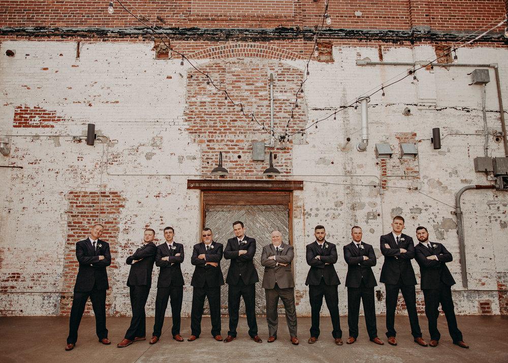 7 4 - Atlanta Wedding Photographer - The engine room - Ga - Wedding trends - Aline Marin Photography.jpg