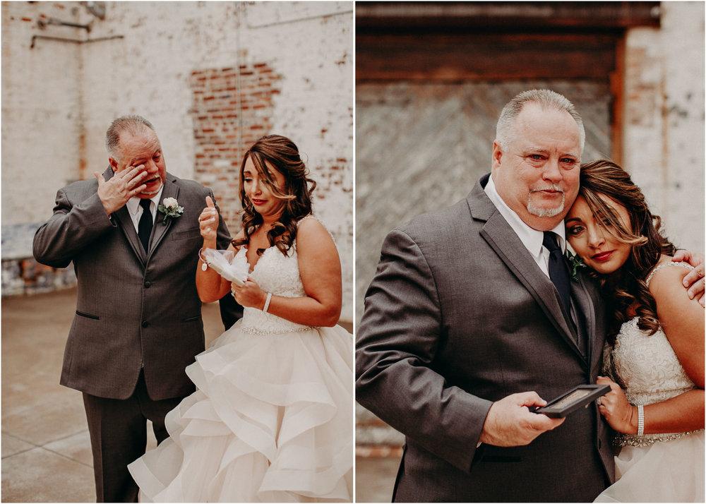 17 4 - Atlanta Wedding Photographer - The engine room - Ga - Wedding trends - Aline Marin Photography.jpg