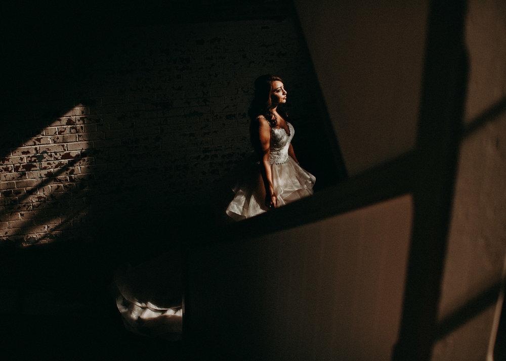 35 4 - Atlanta Wedding Photographer - The engine room - Ga - Wedding trends - Aline Marin Photography.jpg