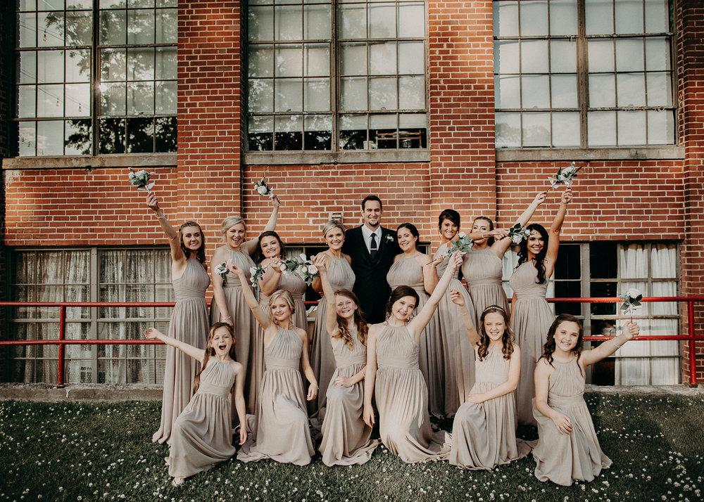 52 4 - Atlanta Wedding Photographer - The engine room - Ga - Wedding trends - Aline Marin Photography.jpg