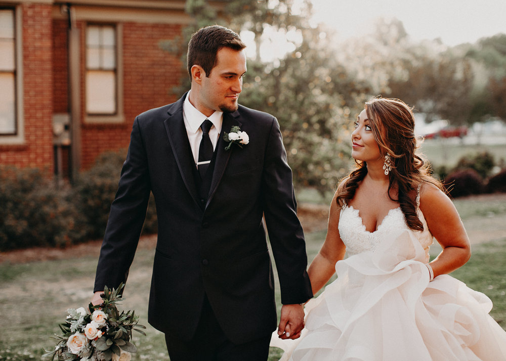 59 4 - Atlanta Wedding Photographer - The engine room - Ga - Wedding trends - Aline Marin Photography.jpg