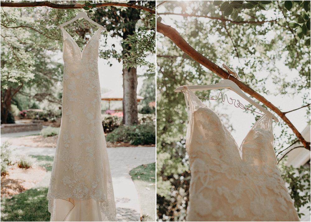 4Carl House Wedding Venue Ga, Atlanta Wedding Photographer - Boho, Bohemian, Junebug Weddings, Vintage, Retro, Trendy. Aline Marin Photography. .jpg
