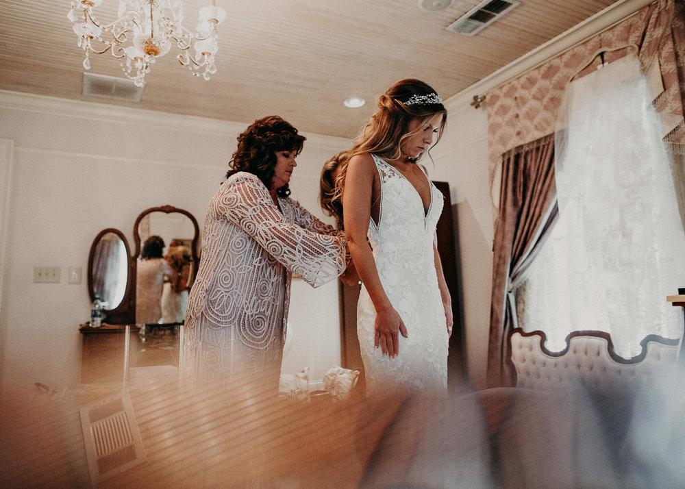 14Carl House Wedding Venue Ga, Atlanta Wedding Photographer - Boho, Bohemian, Junebug Weddings, Vintage, Retro, Trendy. Aline Marin Photography. .jpg