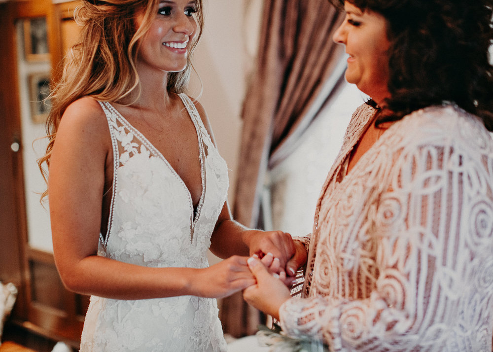 16Carl House Wedding Venue Ga, Atlanta Wedding Photographer - Boho, Bohemian, Junebug Weddings, Vintage, Retro, Trendy. Aline Marin Photography. .jpg