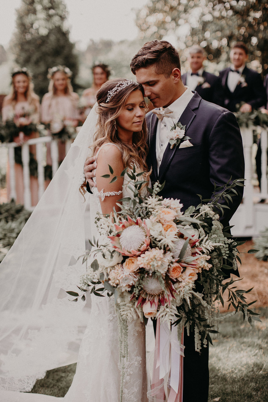 47 Carl House Wedding Venue Ga, Atlanta Wedding Photographer - Boho, Bohemian, Junebug Weddings, Vintage, Retro, Trendy. Aline Marin Photography._.JPG