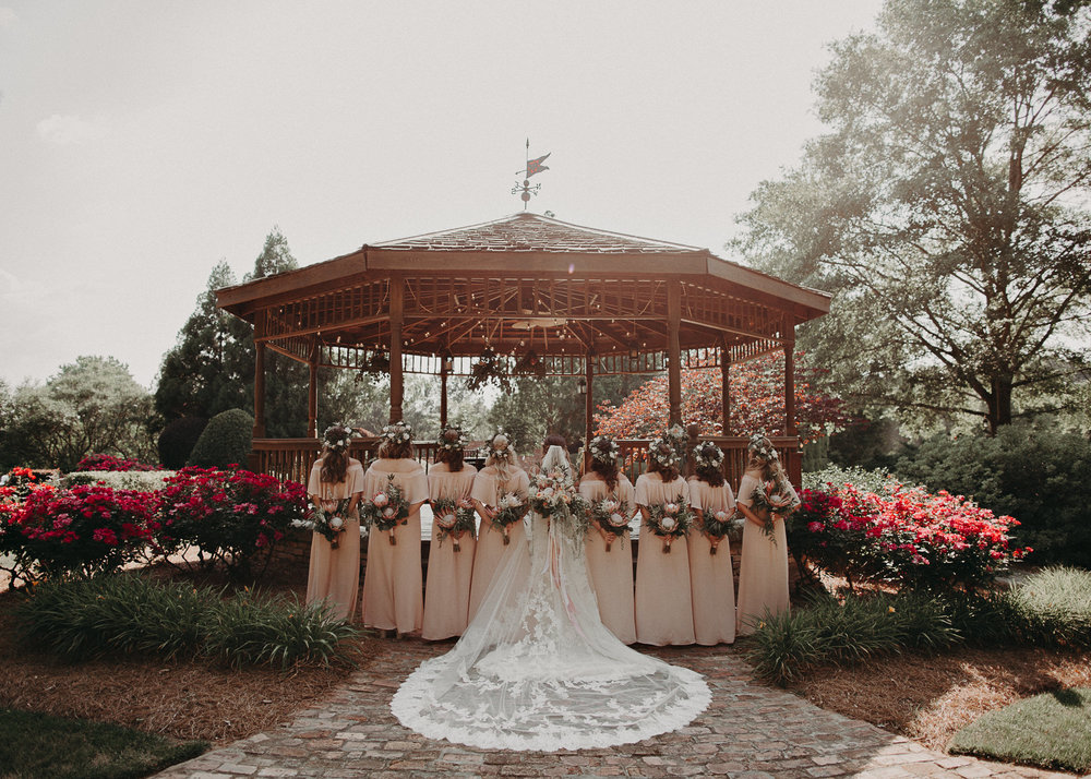 54Carl House Wedding Venue Ga, Atlanta Wedding Photographer - Boho, Bohemian, Junebug Weddings, Vintage, Retro, Trendy. Aline Marin Photography. .jpg