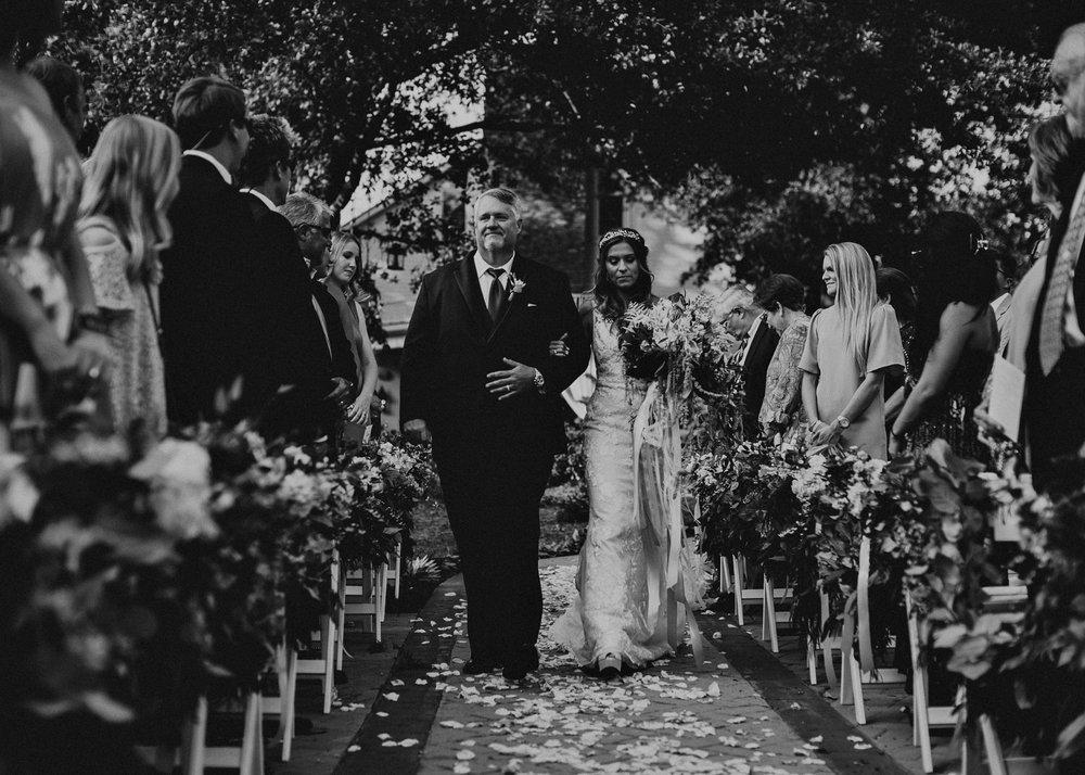69Carl House Wedding Venue Ga, Atlanta Wedding Photographer - Boho, Bohemian, Junebug Weddings, Vintage, Retro, Trendy. Aline Marin Photography. .jpg