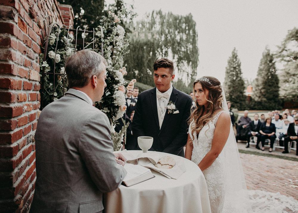 72Carl House Wedding Venue Ga, Atlanta Wedding Photographer - Boho, Bohemian, Junebug Weddings, Vintage, Retro, Trendy. Aline Marin Photography. .jpg