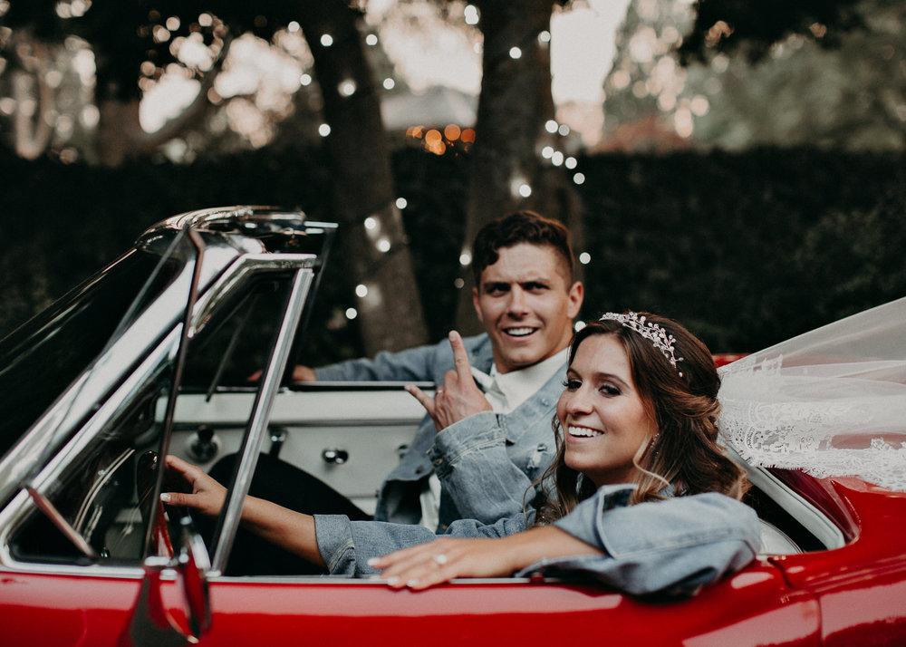 85Carl House Wedding Venue Ga, Atlanta Wedding Photographer - Boho, Bohemian, Junebug Weddings, Vintage, Retro, Trendy. Aline Marin Photography. .jpg