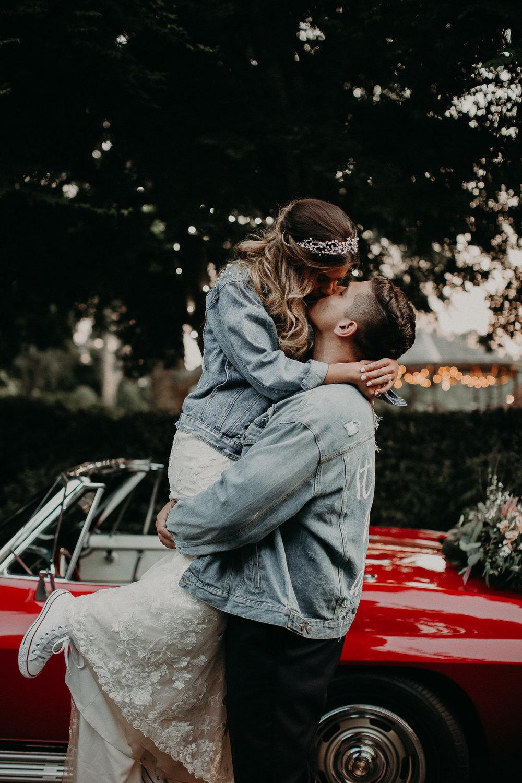 88 Carl House Wedding Venue Ga, Atlanta Wedding Photographer - Boho, Bohemian, Junebug Weddings, Vintage, Retro, Trendy. Aline Marin Photography._.JPG