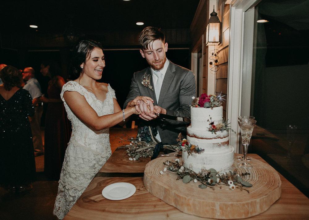 118.1 Wedding details .jpg