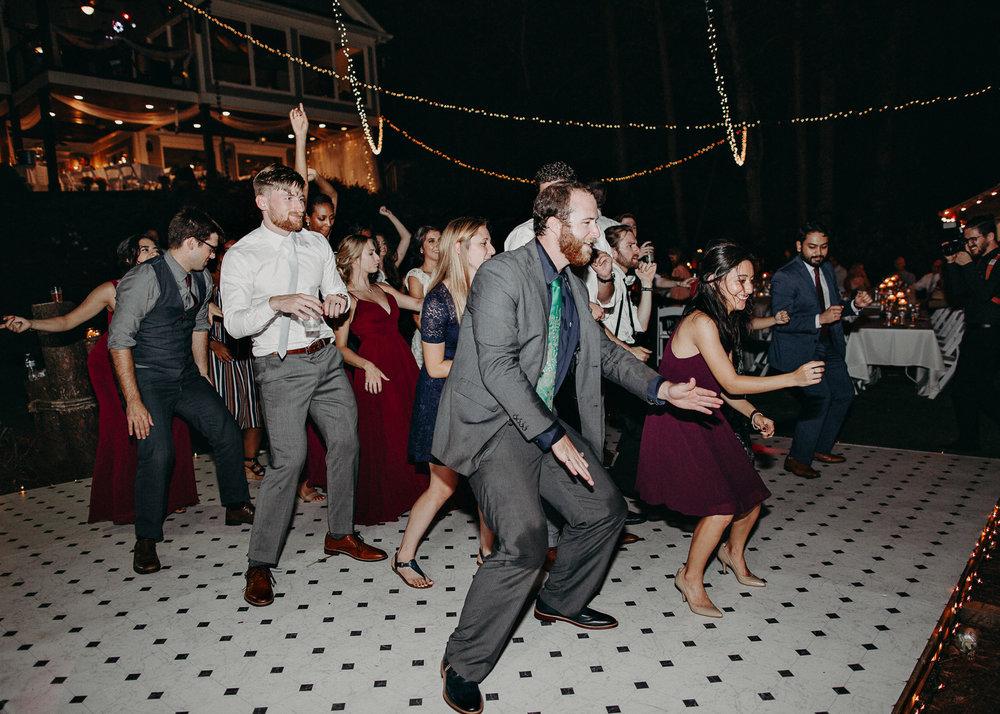 134.1 Wedding details .jpg