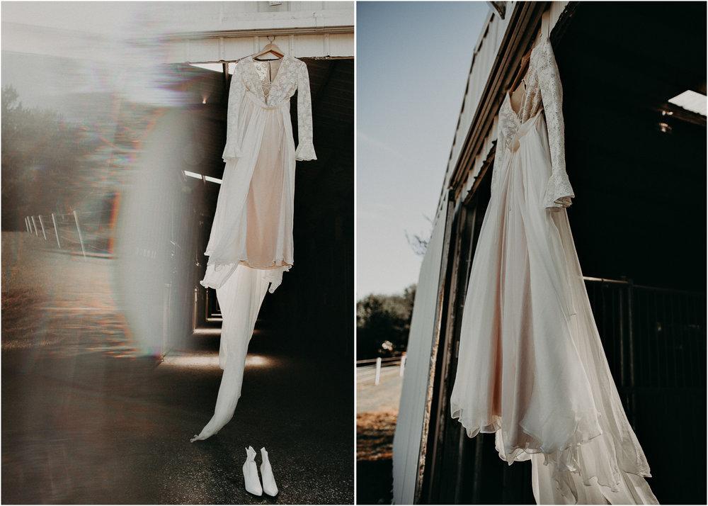 2 - Wedding dress : details : Atlanta wedding photographer .jpg
