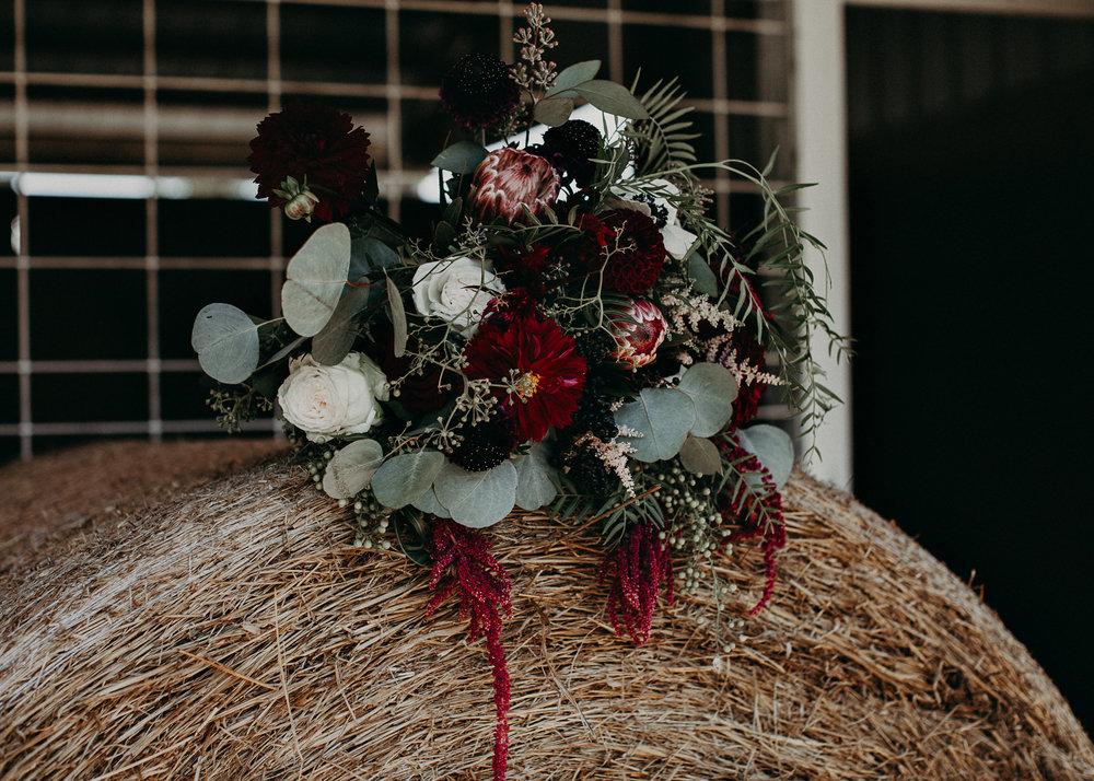 4 - Wedding bouquet : details : Atlanta wedding photographer .jpg