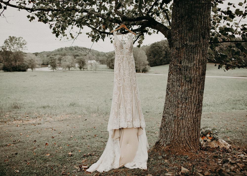 3 - Wedding details : dress : Deep South Farm Wedding Venue : Atlanta Wedding Photographer .jpg