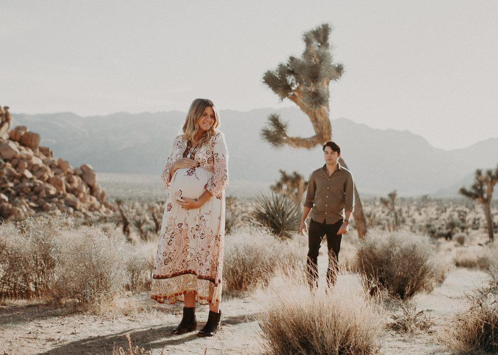 20 - Pregnancy photoshoot : California, Joshua tree : Atlanta wedding and portrait photographer .jpg