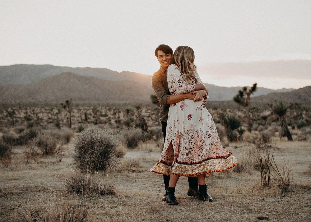 43 - Pregnancy photoshoot : California, Joshua tree : Atlanta wedding and portrait photographer .jpg