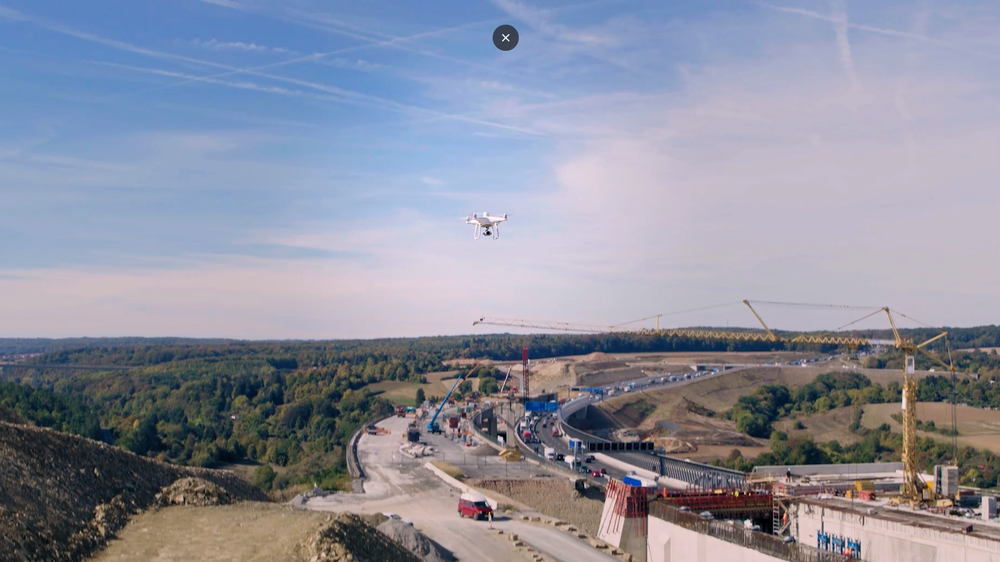 Drone flying ( photo credit:: DJI )