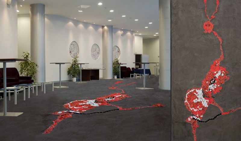 Hall d'accueil sol mosaïque et béton ciré