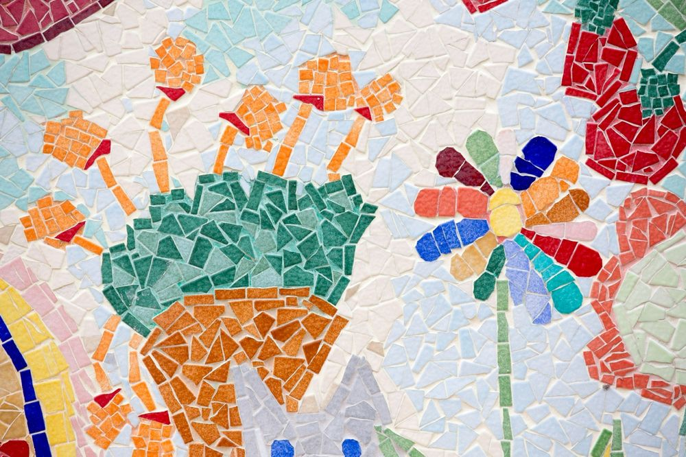 création de fresques mosaique au centre de loisirs à Bois Colombes