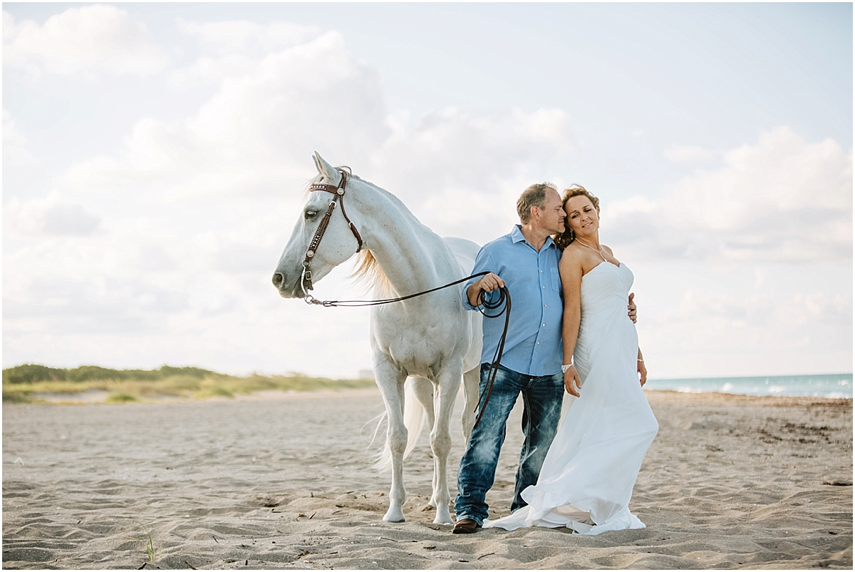 Horse_Engagement_Beach_Hutchinson_Island_Sonju_0004