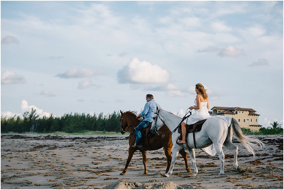 Horse_Engagement_Beach_Hutchinson_Island_Sonju_0013