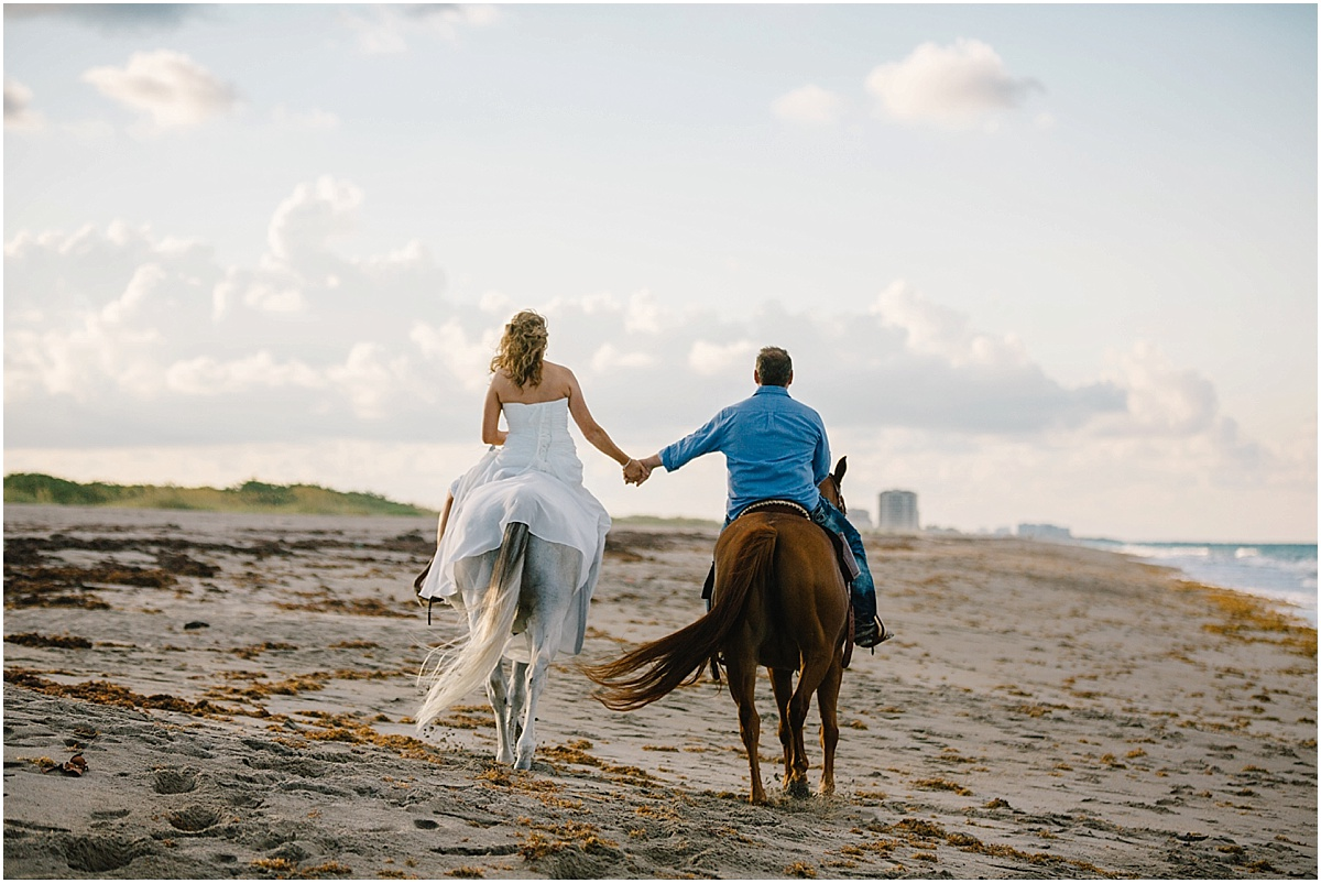 Horse_Engagement_Beach_Hutchinson_Island_Sonju_0016