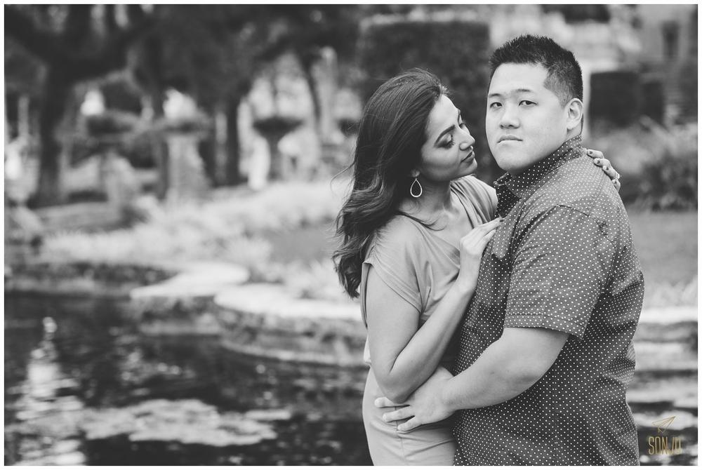Engagement-session-vizcaya-miami-wedding-photographer-sonju00016.jpg