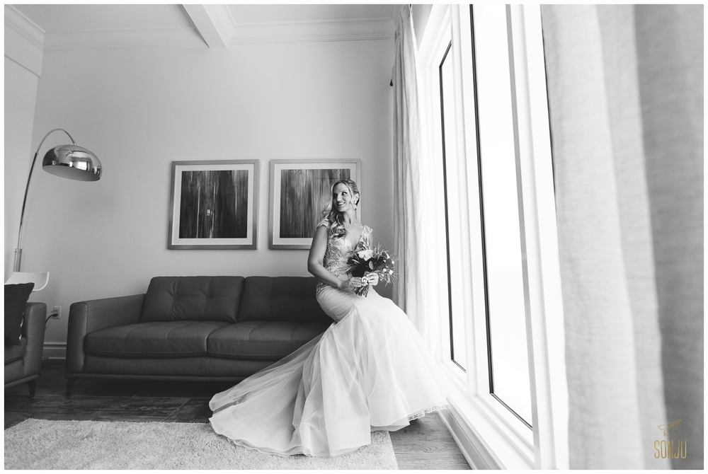 Bridal portrait at the Pelican Grand Resort in Florida