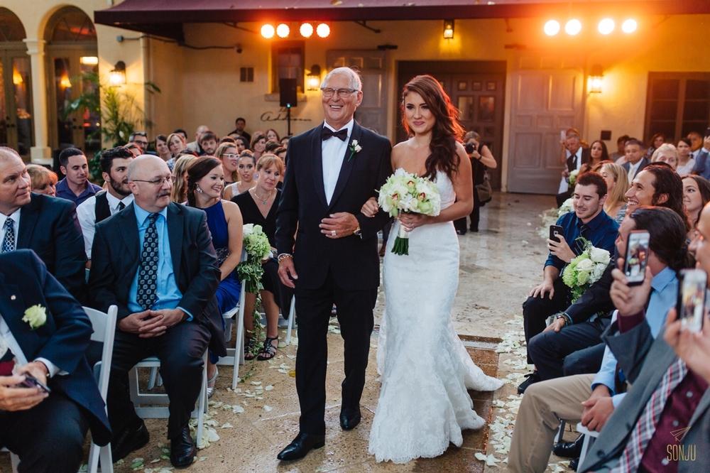 Addison-Wedding-Destination-Photographer-Florida-Beau-Nathalie-Sonju00027.jpg